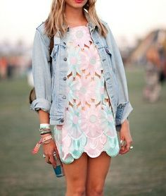 Love this dainty dress and jean jacket festival look!