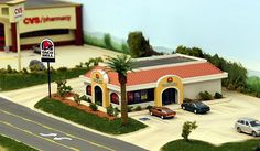 Taco Bell restaurant model in HO scale