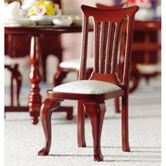 Dollhouse Furniture > Chairs > Ivory 'George II' Dining Chair (M)