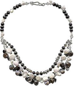 Black Tie Affair Necklace - A bib style necklace made with black and white freshwater pearls in keishi, coin, and potato shapes. Necklace Tutorial, Diy Necklace, Necklace Ideas, Jewelry Clasps, Beaded Jewelry, Diy Jewelry Projects, Jewelry Ideas, Pearl Design, Gemstone Beads
