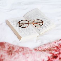 An autumn reading list is up on katelavie.com right now!