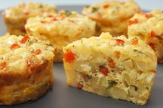 Easy Frittata Muffins-just popped on the oven for breakfast! Breakfast And Brunch, Breakfast Recipes, Breakfast Fritata, Hashbrown Breakfast, Breakfast Healthy, Breakfast Muffins, Dinner Recipes, Baby Food Recipes, Gluten Free Recipes