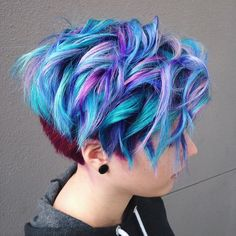 536 mentions J'aime, 2 commentaires – Vegan + Cruelty-Free Color ( - Pixie Hairstyles, Pretty Hairstyles, Twisted Hair, Coloured Hair, Unicorn Hair, Mermaid Hair, Cool Hair Color, Short Hair Cuts, Short Dyed Hair