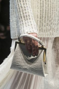 Ermanno Scervino at Milan Fall 2017 (Details)