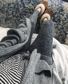 Konhill Women's Slip On House Slippers Lounge Outfit, Lounge Wear, Boho Lounge, Lazy Day Outfits, Casual Outfits, Cute Outfits, Fall Winter Outfits, Autumn Winter Fashion, Winter Style