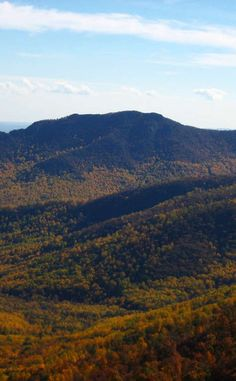 Old Rag Mountain | Travel | Vacation Ideas | Road Trip | Places to Visit | Sperryville | VA | Natural Feature | Hiking Area | Scenic Point