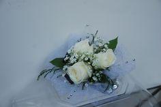 White wedding corsage from www.wisteriashop.com