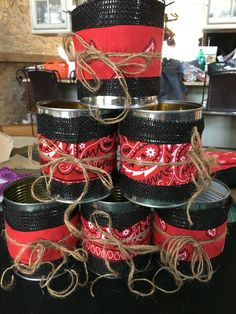 Saved large cans & cut burlap and a bandana. Rodeo Birthday, Horse Birthday Parties, Cowboy Birthday Party, Cowboy Centerpieces, Banquet Centerpieces, Dance Themes, Prom Themes, Barn Parties, Western Parties