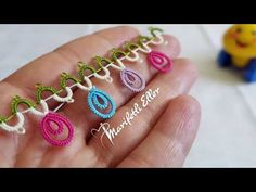 Meka Oyası Colorful Keloğlan Model Making Turkish Video . Tatting Jewelry, Tatting Lace, Crochet Borders, Crochet Lace, Creative Embroidery, Tatting Patterns, Needle Lace, Make And Sell, Crafts To Make