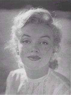 Another brilliant simple shot of Marilyn Monroe.