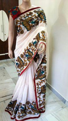 Peacock design on the borders and pallu Kerala Saree, Indian Sarees, Indian Attire, Indian Ethnic Wear, Kalamkari Saree, Onam Saree, Brocade Saree, Indian Dresses, Indian Outfits