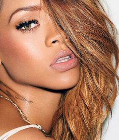 Rihanna+Rolling+Stone+2013.png 500×590 pixels