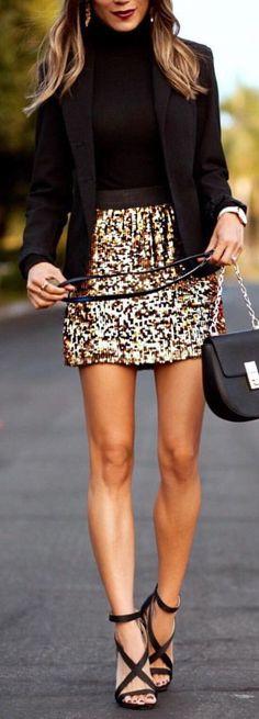 #winter #outfits black blazer and gold glittered mini skirt #GoldGlitter