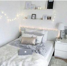 Cute Bedroom Ideas, Room Ideas Bedroom, Small Room Bedroom, Bedroom Furniture, Diy Bedroom, Bedroom Inspiration, Bedroom Wall, Bedroom Lamps, Wall Lamps