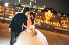 ウエディングフォトで真似したいロマンティックなポーズまとめ | marry[マリー] Concept Photography, Wedding Photos, Asian, Couples, Wedding Dresses, Marriage Pictures, Bride Dresses, Bridal Gowns, Weeding Dresses