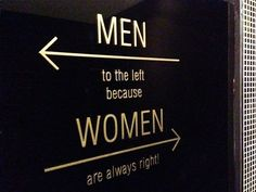 sign for the way to the toilet
