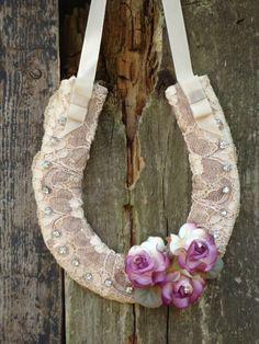 lace horseshoe.