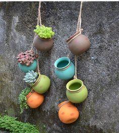 Wall Terrarium, Succulent Wall Planter, Hanging Terrarium, Air Plant Terrarium, Planter Pots, Planter Ideas, Hanging Planters Outdoor, Hanging Flower Pots, Flower Vases