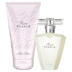 Lush greens, pearlescent flower and musk. This set contains: EDP 50ml and Body Lotion 150ml.