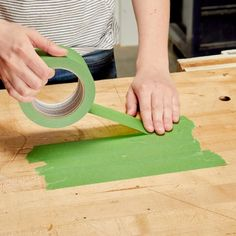 New to woodworking or bored with old wood tricks? Learn our 5 Woodworking Tips + Tricks to improve your skills and to bring out something innovative ideas. Woodworking Jigsaw, Used Woodworking Tools, Woodworking Lathe, Woodworking Patterns, Popular Woodworking, Woodworking Techniques, Woodworking Videos, Woodworking Furniture, Woodworking Crafts