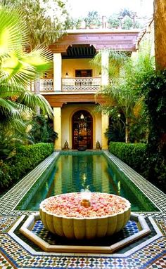 http://www.tablethotels.com/Riyad-Al-Moussika-Hotel/Marrakech-Hotels-Morocco/63876#left