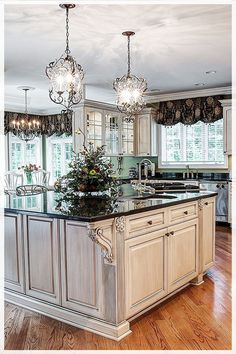 10 Best French-Country Kitchen Design Ideas To Inspire You French country design is known by its classic and luxurious design. It is commonly loved by the rich people who Best French-Country Kitchen Design Ideas To Inspire You - GODIYGO. Country Kitchen Lighting, Rustic Country Kitchens, Industrial Style Kitchen, Country Kitchen Designs, Rustic Kitchen, Kitchen Decor, Kitchen Ideas, Ugly Kitchen, Awesome Kitchen