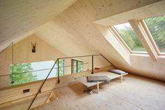 Finde moderne Wohnzimmer Designs: Dachboden. Entdecke die schönsten Bilder zur Inspiration für die Gestaltung deines Traumhauses.