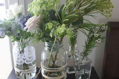 Vintage wedding table arrangement
