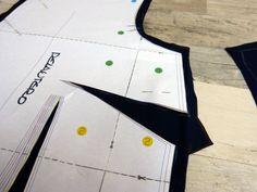 Patron de camisa básica para mujer en formato pdf descarga | Etsy Etsy, Fashion, Shopping, Shirt Patterns, Duct Tape, Crisp White Shirt, Women, Moda, Fashion Styles