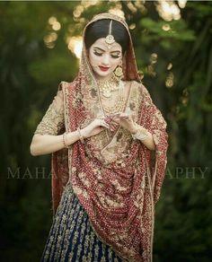 Bengali Bridal Makeup, Indian Wedding Makeup, Bridal Dupatta, Pakistani Wedding Dresses, Wedding Lenghas, Walima Dress, Bridal Pictures, Bridal Pics, Bridal Makeover