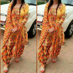 The magic of Patiala Salwar Suit / Punjabi suit salvar - Panjabi Club Latest Punjabi Suits Design, Punjabi Suit Neck Designs, Patiala Suit Designs, Patiala Salwar Suits, Indian Designer Suits, Salwar Designs, Kurti Designs Party Wear, Pakistani Dress Design, Blouse Designs