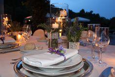 #matrimoni #wedding #villa #location #isola #elba #weddinginspiration #weddingideas #creativeweddings #elegantweddings #elegantstyle #elbaweddingstyle #weddingelbastyle #tuscany Una mise en place romantica che si ispira ad un' isola dai mille colori e dai profumi tipici della macchia mediterranea. Le candele, contornate dalla salvia e dal rosmarino,  sono come sospese nell'aria e creano immagini poetiche. ww.weddinginelba.it