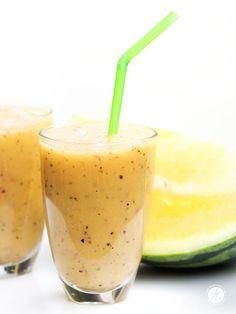 Gelbe Melone-Pfirsich-Maracuja Smoothie | feiertäglich…das schöne Leben