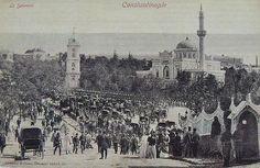 Sultan 2.Abdülhamit'in (1876-1909) Yıldız Camii'ndeki Cuma Selamlığı'nı gösteren kartpostal F: @HalicPostasi arşivi #istanlook