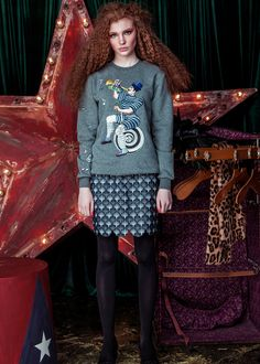 Katya Dobryakova /  FALL WINTER 2016-2017 Fashion Styles, Showroom, Christmas Sweaters, Cool Style, Fall Winter, Women Wear, Graphic Sweatshirt, Sweatshirts, Fun