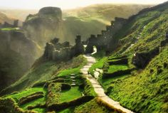 Tintagel Castle, Cornwall The castle has association with Arthurian legends. 12th century Geoffrey of Monmouth described the castle as the place of Arthur's conception. Merlin tricked Arthur's mother with his sorcery . .