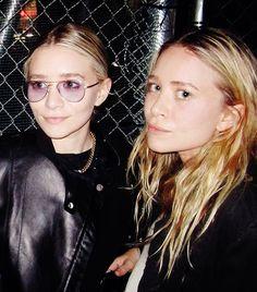 Effortlessly cool. The Olsen twins.