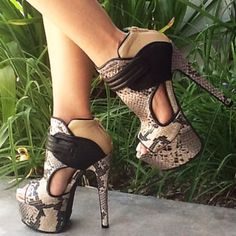 """Pinner wrote: """"If I'm gonna wears heels that will potentially be fatal - they will be snake skin!!! :D"""" Haha!"""