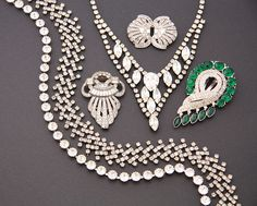 A collection of paste vintage jewellery