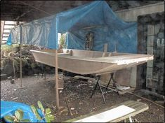 Wooden Boat Building, Wooden Boat Plans, Boat Building Plans, Wooden Boats, Hobbies For Women, Hobbies To Try, Folding Boat, Chris Craft Boats, Flat Bottom Boats