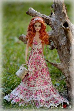 Resultado de imagem para crochet for barbie dolls Doll Clothes Barbie, Vintage Barbie Dolls, Barbie Dress, Barbie Sewing Patterns, Doll Clothes Patterns, Beautiful Barbie Dolls, Pretty Dolls, Barbie Fashionista Dolls, Barbie Blog