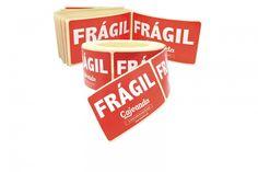 Etiquetas autoadhesivas para la señalización de cajas que transporten materiales frágiles, delicados o que requieran ser manipulados con cuidado