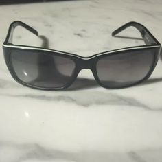 Kate Spade sunglasses Black with white/ green detail, previously owned, good condition kate spade Accessories Sunglasses