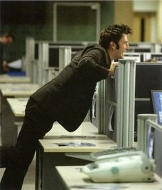 The Tenth Doctor, episode Partners in crime. A different angle of David's classic pose