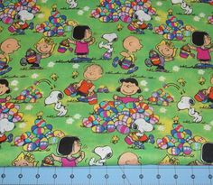 Pix For > Snoopy Easter Wallpaper Charlie Brown Easter, Charlie Brown And Snoopy, Snoopy Love, Snoopy And Woodstock, Rag Quilt, Quilts, Peanut Shop, Snoopy Comics, Easter Wallpaper