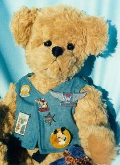 Follow the adventures of Humphrey each month in Bears Online Monthly Teddy Bear Magazine