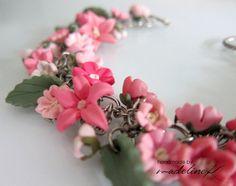 Flor rosa pulsera pulsera de flor de la arcilla del polímero