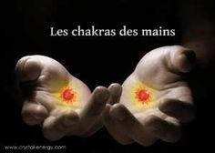 Les chakras des mains sont probablement les plus utilisé et les plus contaminés, en effet, ils sont davantage en contact avec les produits nocifs, les mauvaises énergies etc. que n'importe quel autre chakra du corps humain.