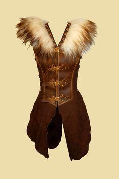 "Wool coat with fur collar ""Ulfynja"" Waffenrock mit Fellkragen ""Ulfynja"" Larperlei – coat with fur collar Costume Viking, Viking Dress, Medieval Dress, Diy Kleidung Upcycling, Leather Armor, Collars For Women, Fur Collars, Vintage Looks, Vikings"
