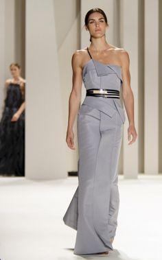 Carolina Herrera: Vestido gris